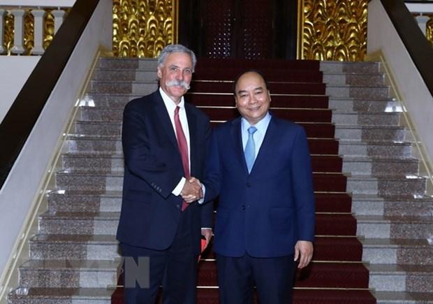 Le Premier ministre rencontre le chef du Groupe Formula One hinh anh 1