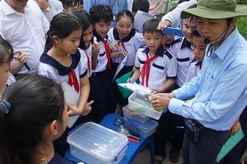 Ho Chi Minh-Ville : Apprendre en-dehors de la classe au niveau primaire hinh anh 2