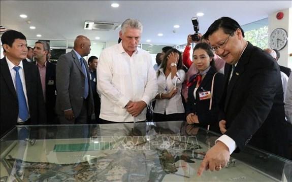 Le president cubain etudie le modele de technopole de Ho Chi Minh-Ville hinh anh 1