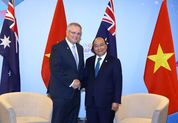 Sommet de l'ASEAN: le PM Nguyen Xuan Phuc rencontre son homologue australien hinh anh 1