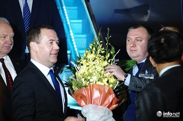Le Premier ministre russe Dmitri Medvedev entame sa visite officielle au Vietnam hinh anh 1
