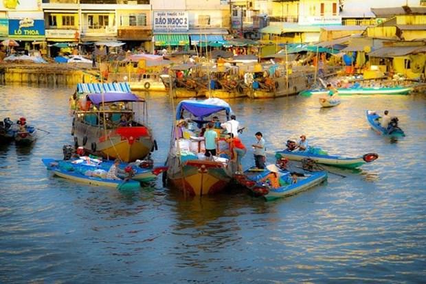Plongee dans les marches flottants du delta du Mekong hinh anh 3