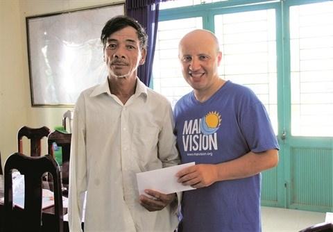 Humanitaire: Mai Vision ou Regard vers l'Avenir hinh anh 1