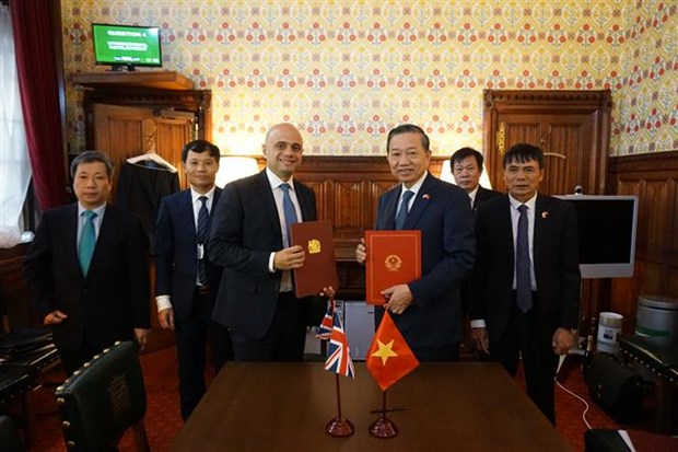 Le Vietnam et le Royaume-Uni unis contre la traite des etres humains hinh anh 1