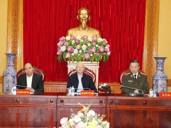 Le dirigeant Nguyen Phu Trong souligne le role important des forces de police populaire hinh anh 1