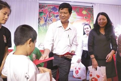 VIH/sida : Les enfants aussi devraient recevoir des traitements plus tot hinh anh 1