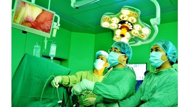 Le Vietnam possede un centre de chirurgie laparoscopique aux normes asiatiques hinh anh 1