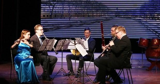 Echange musical entre artistes vietnamiens et finlandais hinh anh 1