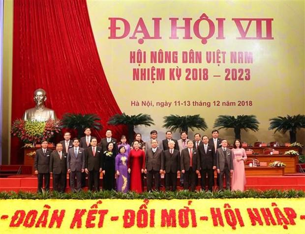 Congres de l'Association des paysans: le president Nguyen Phu Trong montre la voie hinh anh 2