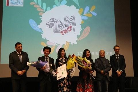 Rendez-vous pour la finale du Slam poesie 2019 a Hanoi hinh anh 2