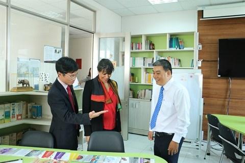 L'Espace francophone d'Innovation et de Partenariat s'ouvre a Can Tho hinh anh 2