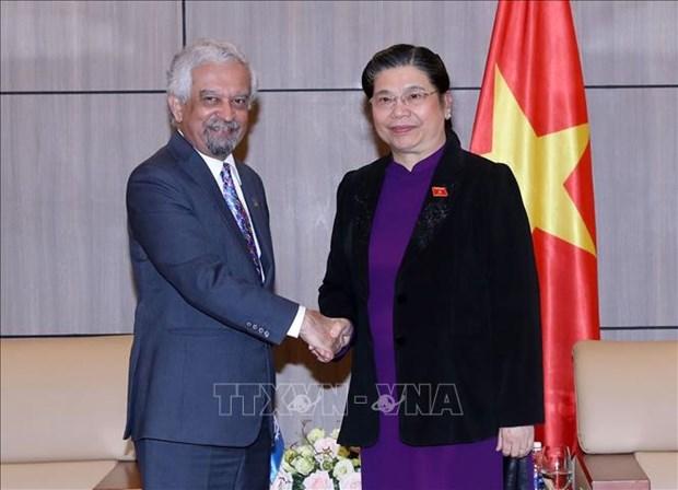Un responsable onusien recu par la vice-presidente permanente de l'AN Tong Thi Phong hinh anh 1