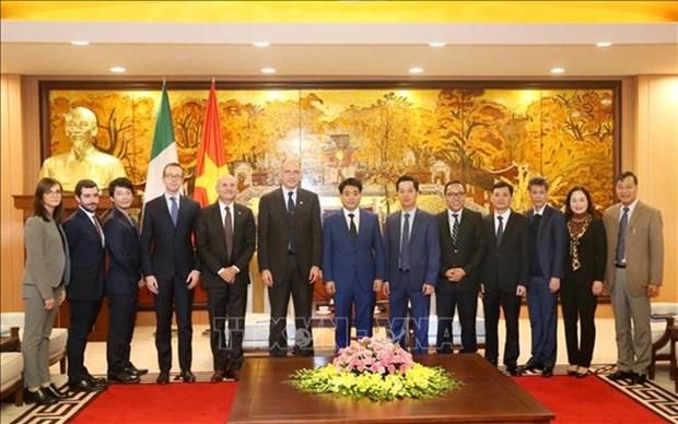 Dialogue sur les relations economiques ASEAN-Italie a Hanoi hinh anh 1