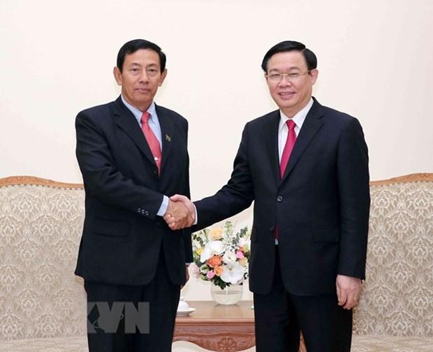 Le vice-PM Vuong Dinh Hue recoit la delegation de l'USDP du Myanmar hinh anh 1