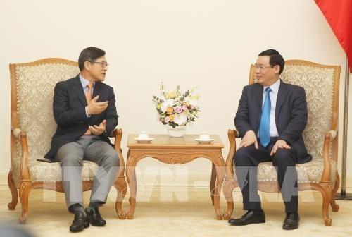 Le Vietnam promet de creer des conditions optimales a Samsung hinh anh 1