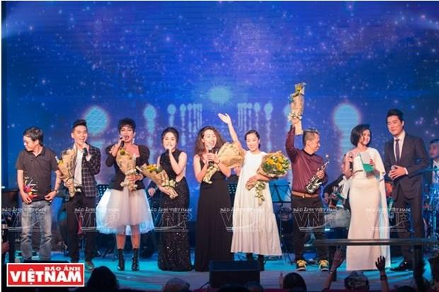 L'amitie Vietnam-France celebree sur plusieurs octaves hinh anh 2