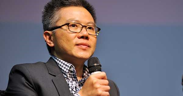 Le professeur Ngo Bao Chau recoit le prix Maurice Audin 2016 hinh anh 1