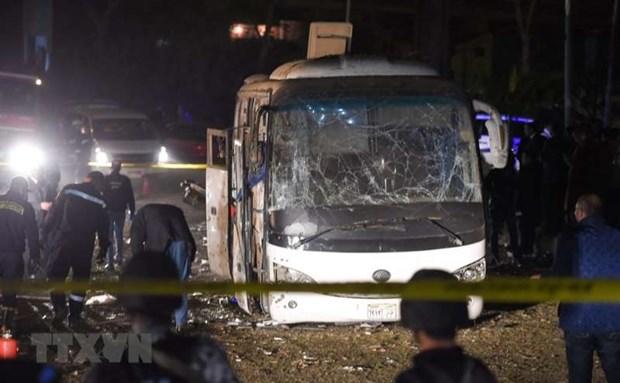 Le Vietnam condamne fermement l'attaque terroriste contre un bus de touristes vietnamiens en Egypte hinh anh 1