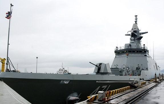 Un navire de la marine thailandaise en visite Da Nang hinh anh 1