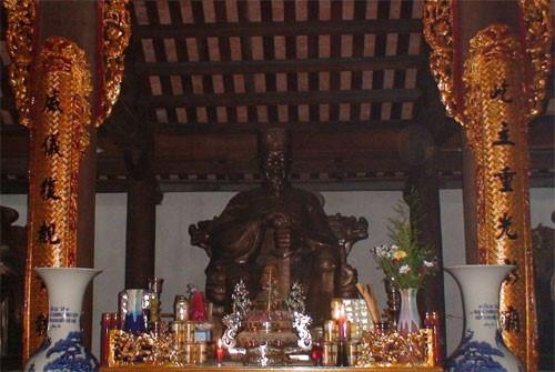 Le temple de Khuc Thua Du a Ninh Giang hinh anh 2