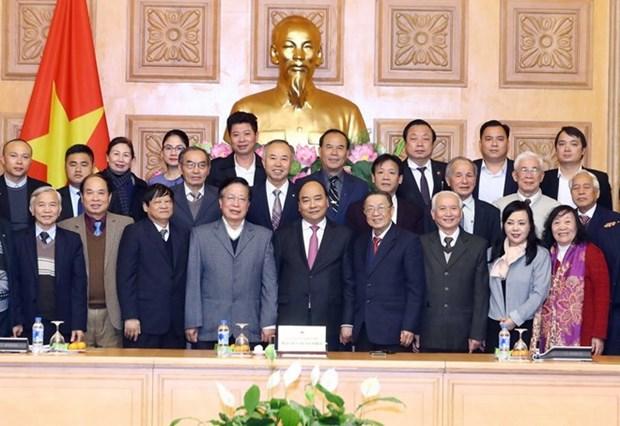 Le PM encourage l'education aux soins de la sante communautaire hinh anh 1