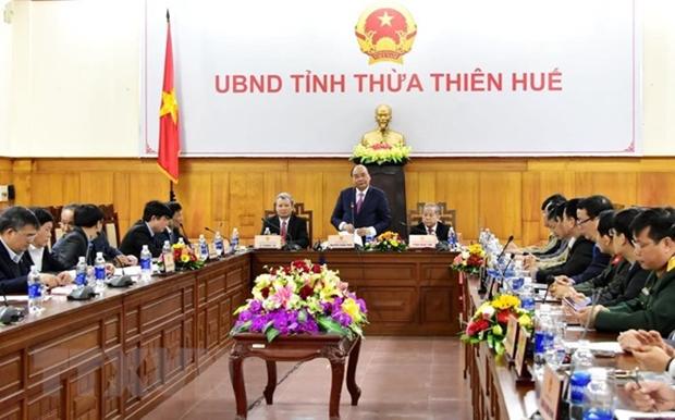 Le PM inspecte les preparations du Tet a Thua Thien-Hue hinh anh 1