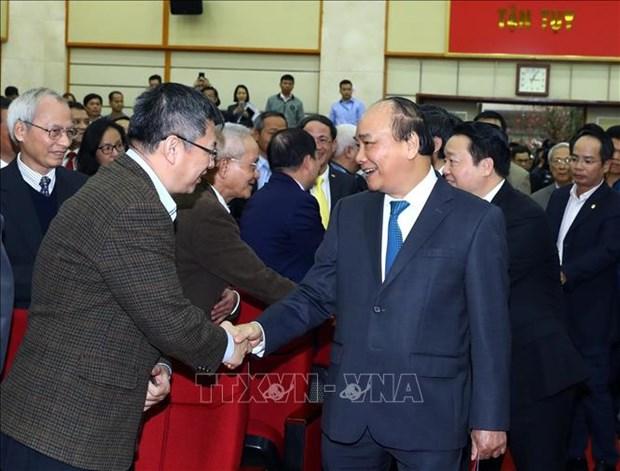 Le PM demande d'ameliorer le classement du Vietnam en TIC hinh anh 1