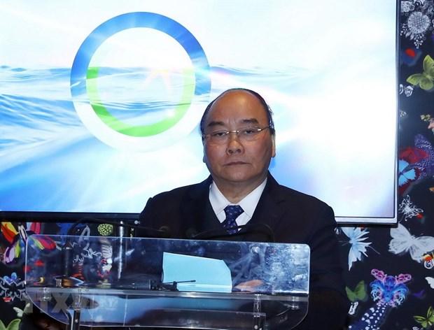 Activites du PM Nguyen Xuan Phuc dans le cadre du WEF 2019 hinh anh 1