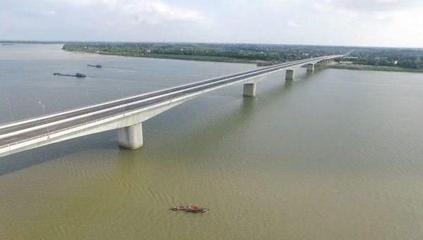 Ouverture au trafic du pont Hung Ha reliant Hung Yen a Ha Nam hinh anh 2