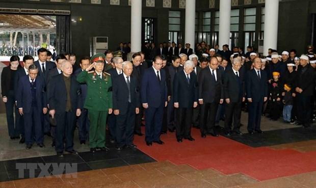 Ceremonie funeraire de Nguyen Duc Binh a Hanoi hinh anh 1