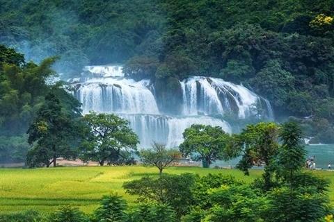 Le geoparc mondial Non Nuoc, la mine d'or du tourisme de Cao Bang hinh anh 2
