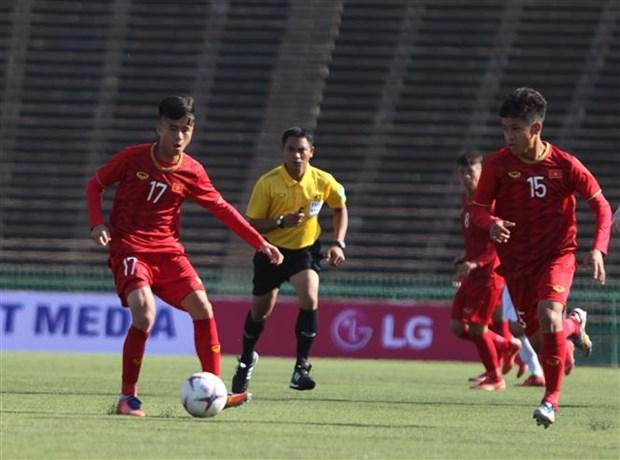 AFF U22 : Le Vietnam debute bien en battant les Philippines hinh anh 1