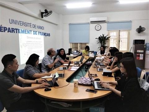 Echange sur les dispositifs des formations en communication a Hanoi hinh anh 1