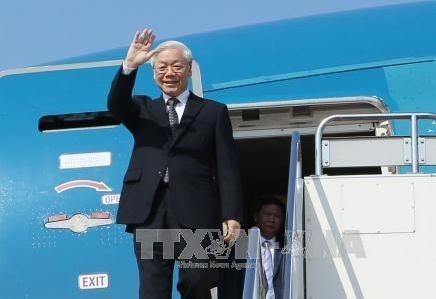 Le dirigeant Nguyen Phu Trong quitte Hanoi pour se rendre au Lao et au Cambodge hinh anh 1