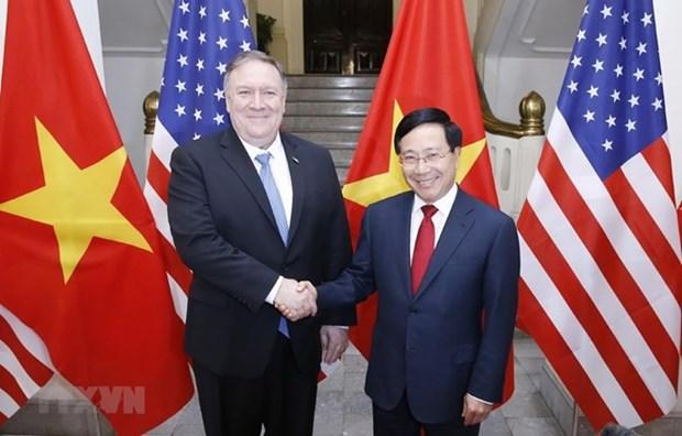 Le vice-PM et ministre des AE Pham Binh Minh s'entretient avec le secretaire d'Etat americain hinh anh 1