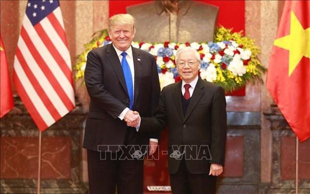 Le dirigeant vietnamien Nguyen Phu Trong s'entretient avec le president americain Donald Trump hinh anh 1