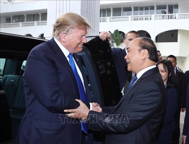 Le Premier ministre Nguyen Xuan Phuc rencontre le president americain Donald Trump hinh anh 1