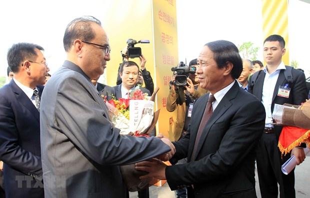 Sommet Etats-Unis-RPDC: une delegation du WPK de la RPDC visite la ville de Hai Phong hinh anh 1