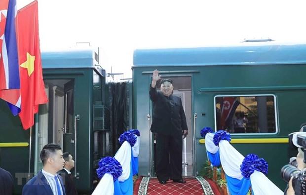 Le president Kim Jong-un termine sa visite au Vietnam par Lang Son hinh anh 1