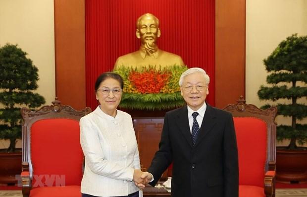 Le leader du PCV Nguyen Phu Trong recoit la presidente de l'AN du Laos hinh anh 1