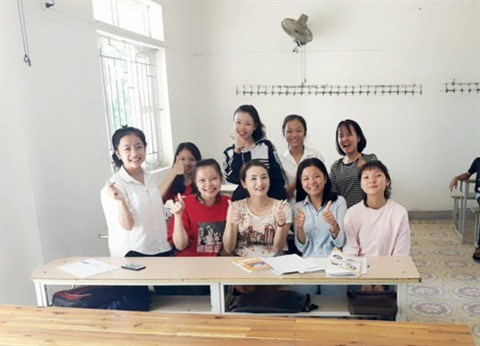 Pour ameliorer l'anglais des enfants dans les zones rurales hinh anh 1
