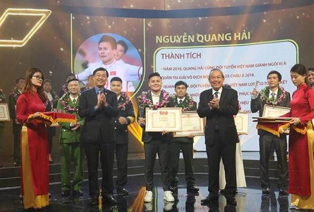 Dix jeunes figures exemplaires du Vietnam de 2018 a l'honneur hinh anh 1