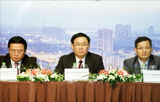 Colloque sur le modele de croissance du Vietnam pour 2021-2030 hinh anh 1