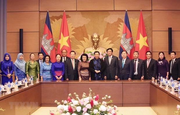 Pour dynamiser la cooperation entre les deux organes legislatifs Vietnam-Cambodge hinh anh 1