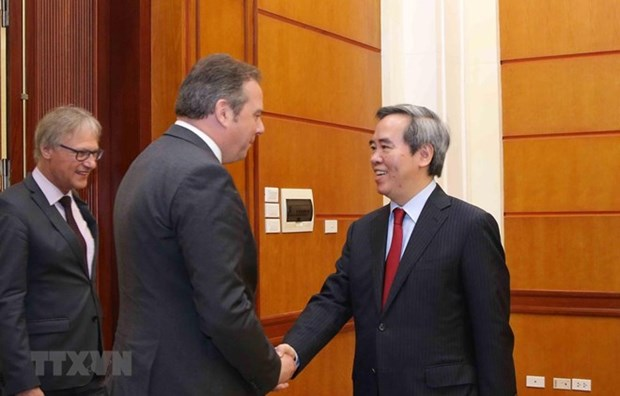 Des parlementaires allemands en visite de travail au Vietnam hinh anh 1