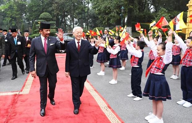 Ceremonie d'accueil officielle en l'honneur du sultan du Brunei Haji Hassanal Bolkiah hinh anh 1