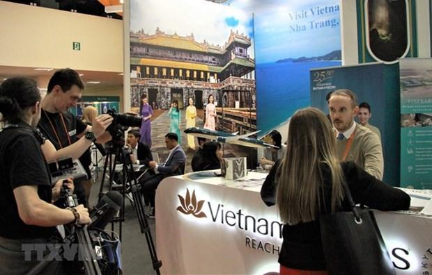 Le tourisme maritime et insulaire du Vietnam vu du 26e salon a Moscou hinh anh 1