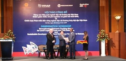 Des pistes pour developper le transport routier et fluvial au Vietnam hinh anh 2