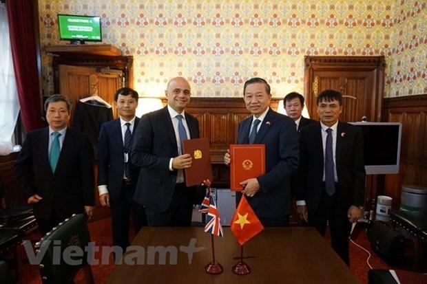 Vietnam et Royaume-Uni cooperent dans la lutte contre la traite des etres humains hinh anh 1