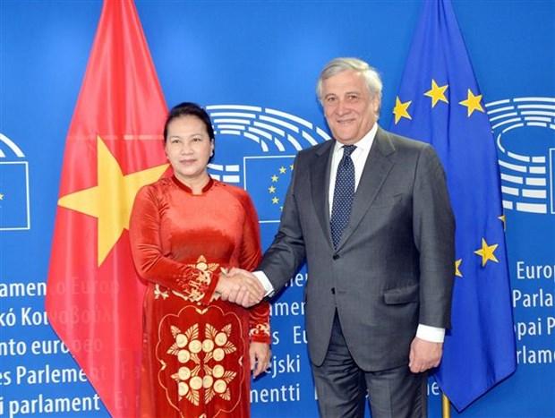 La presidente de l'AN s'entretient avec le president du Parlement europeen hinh anh 1